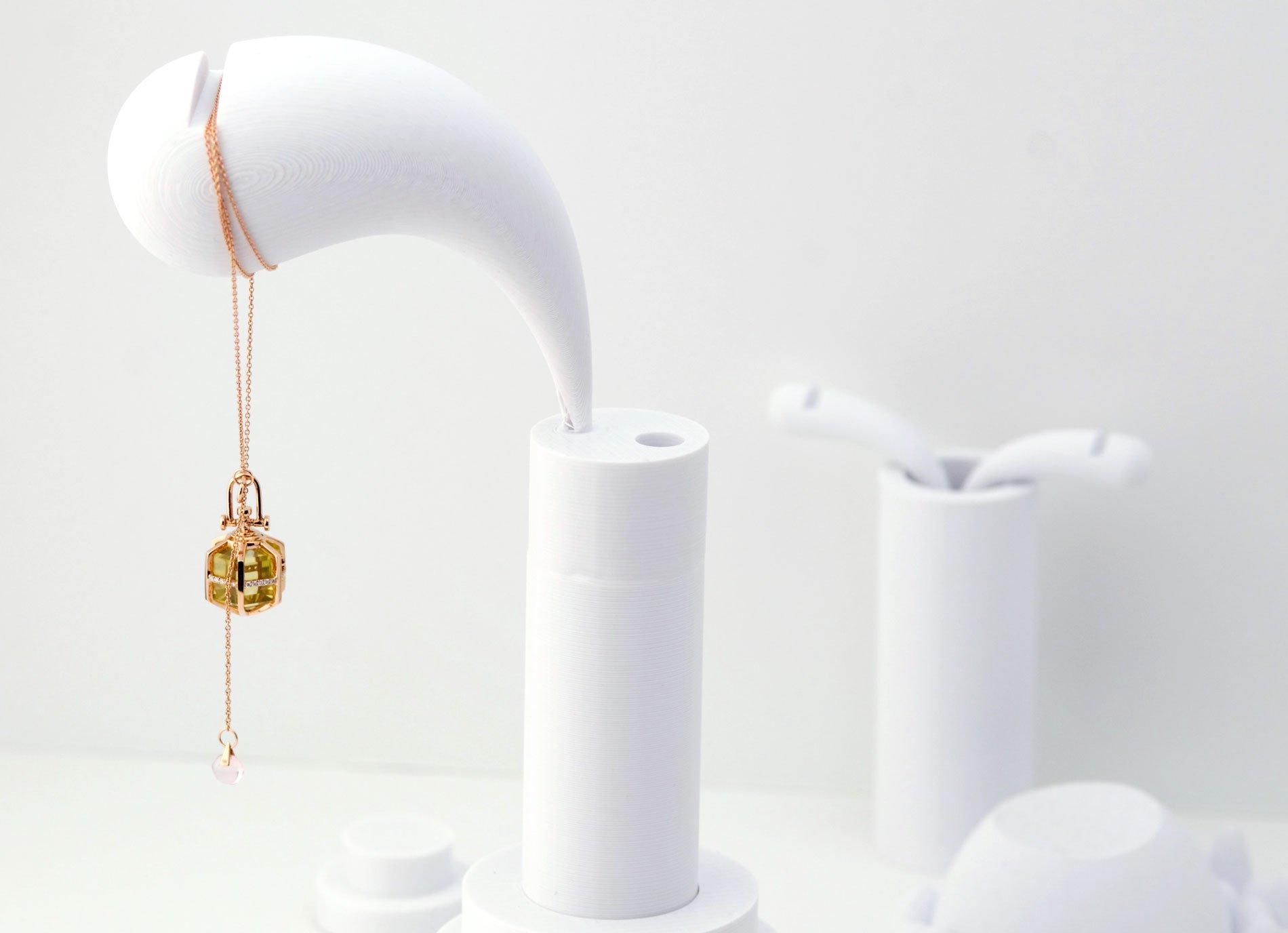 Rebecca-Li-3D-Print-Jewelry-Display-Ideas